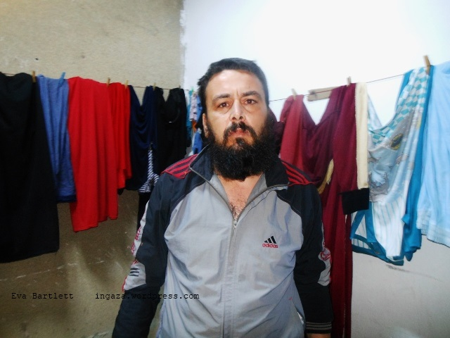 Man from Haram, northwestern Syria, tells of being kidnapped by armed mercenaries, and of the kidnappings and beheadings of those from his village.