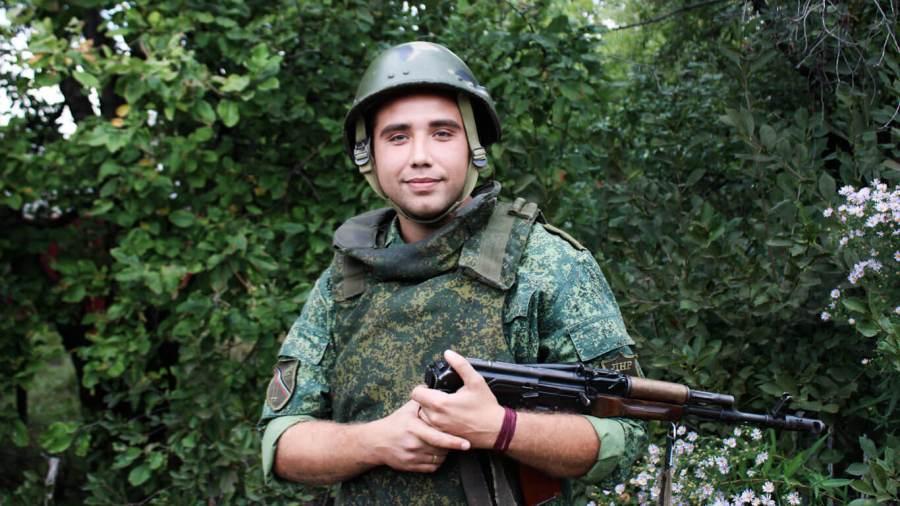 Ryka-a-DPR-Platoon-Commander-in-Krutaya-Balka_edited